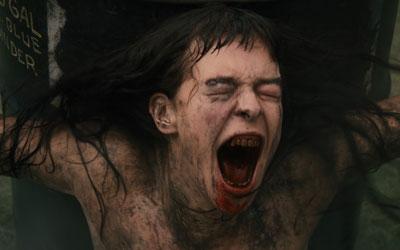 fille nue en porte jaretelle adolescent scenes de sexe de films grand public