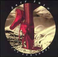 kate-bush-red-shoes.jpg (9406 octets)