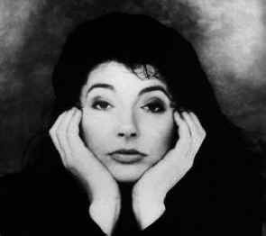 kate-bush5.jpg (24039 octets)